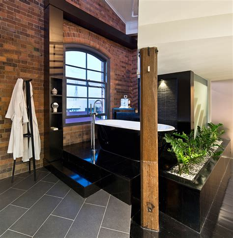 gray bathroom ideas 10 fabulous bathrooms with industrial style
