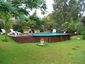 Petite Piscine Hors Sol Bois : piscine hors sol en bois semi enterr e sur terrain en ~ Premium-room.com Idées de Décoration