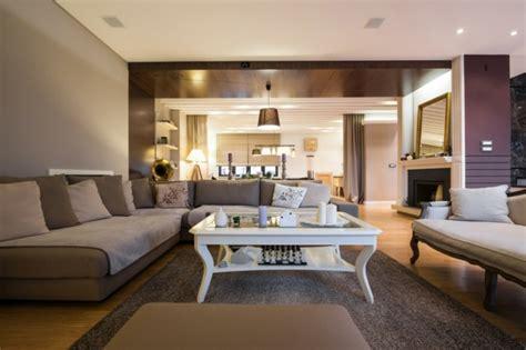 canape couleur taupe déco salon gris et taupe pour un intérieur raffiné ideeco