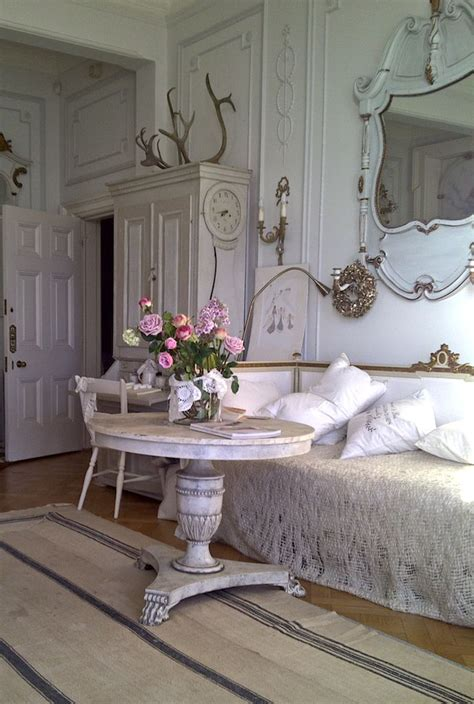 swedish shabby chic 17 best images about gustavian swedish interiors on pinterest antiques settees and chairs