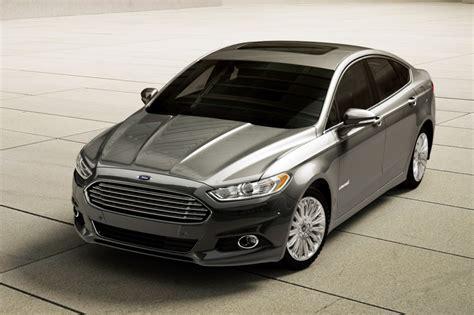 Used 2016 Ford Fusion Hybrid Sedan Pricing