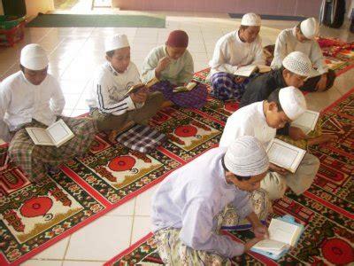 pendidikan anak  islam takmir masjid al munawwar