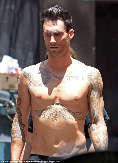 'Sexiest Man Alive' Adam Levine shares behind-the-scenes ...