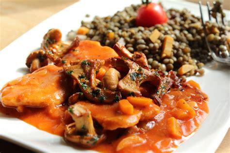 cuisiner le seitan seitan sauce quot chasseur quot et ses lentilles vertes aux girolles