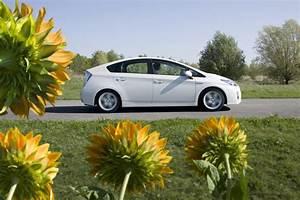 Acheter Véhicule D Occasion : 5 questions se poser avant d 39 acheter une voiture hybride d 39 occasion l 39 argus ~ Medecine-chirurgie-esthetiques.com Avis de Voitures