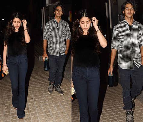 सारा अली खान को छोड़ जाहन्वी कपूर के साथ फिल्म देखने निकले