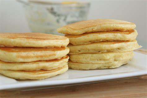 pancake recipie fluffy buttermilk pancakes recipe divas can cook