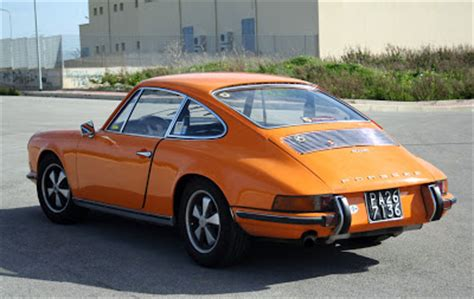 vintage orange porsche flat6 power vintage porsche 911 porsche 911e 1970
