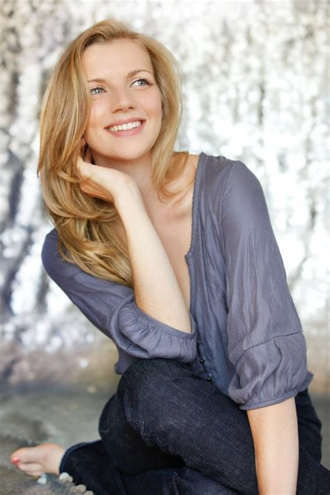 Kara Killmer : PrettyGirls
