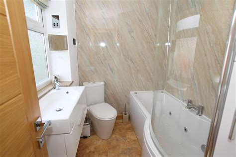 the best way of determining bathroom tiling ideas image
