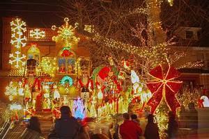 The, Top, 5, Neighborhoods, For, Holiday, Lights