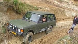 Range Rover Classic V8 Trying To Get Uphill