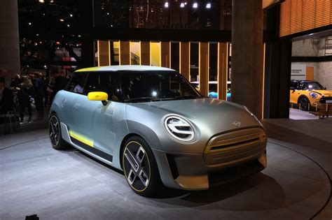 bmw reveals mini electric concept previewing
