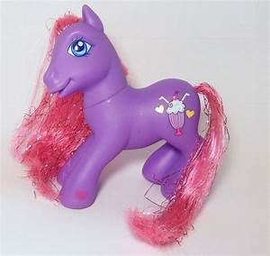 MLP Fizzy Pop Is A Purple Pony With Dark Pink Tinsel Hair