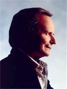 Byron Janis (Piano) - Short Biography