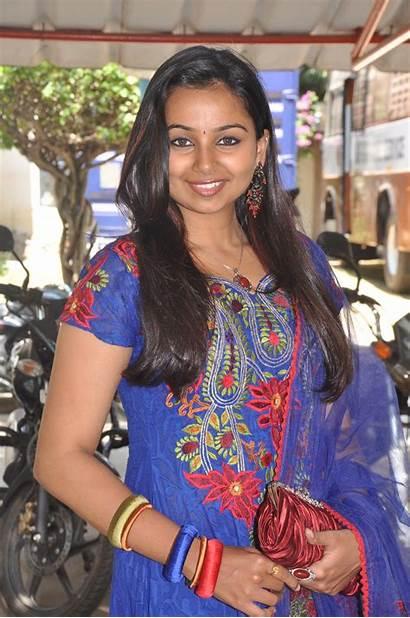 Tamil Actress Vazhakku Mails Enn Meet Press