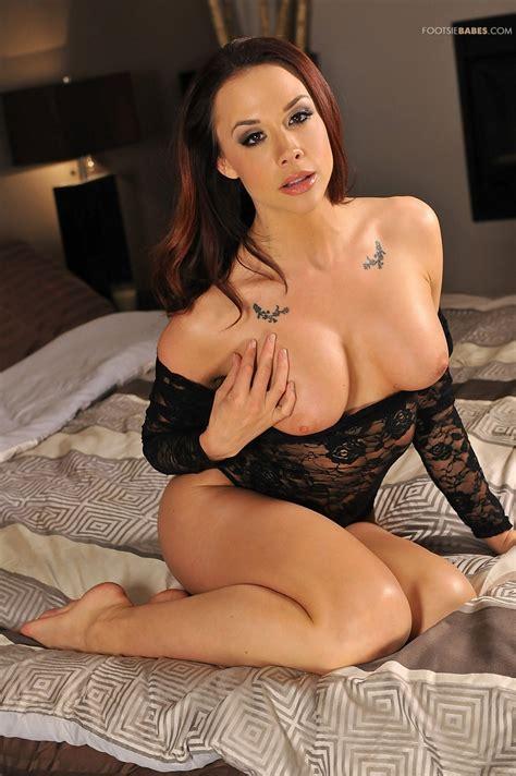 Hot Woman Is Wearing Lacy Lingerie Milf Fox