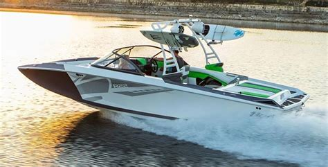 Tige Boats Models tige boats introduces new r22 model boat