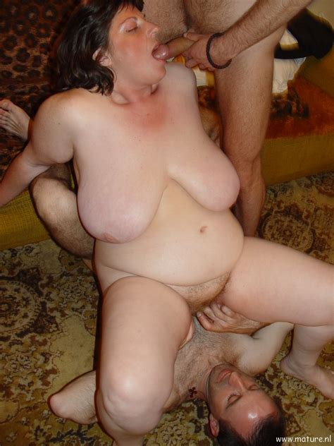 Big Titted Mature Amateur In Threesome