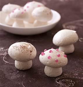 Decoration Pour Buche De Noel : petits champignons en meringue pour d cor de b che les ~ Farleysfitness.com Idées de Décoration
