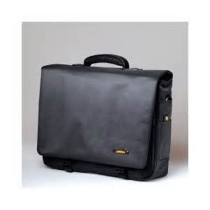 sacoche bureau sacoche de bureau 4 poches travel blue pour pc portable 15 quot