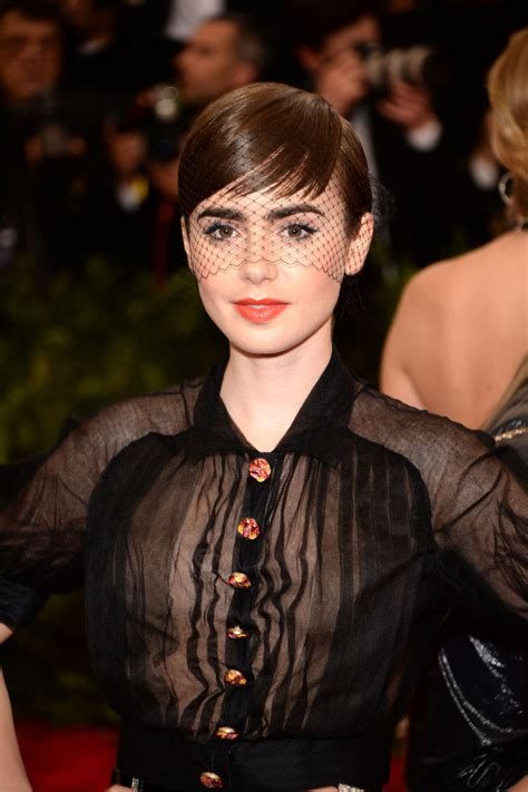 celebrity hair makeover lily collins adds extensions   short haircut glamour