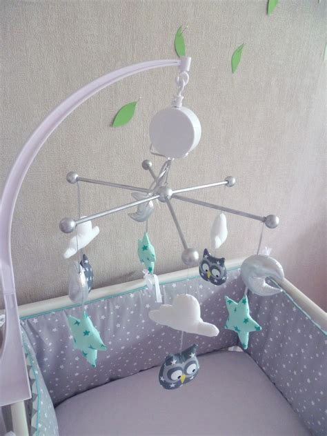 sticker mural chambre bébé mobile bébé birds hiboux gris menthe à l eau guili