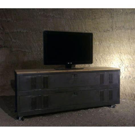 meuble tv industriel ou de chaussures avec un ancien