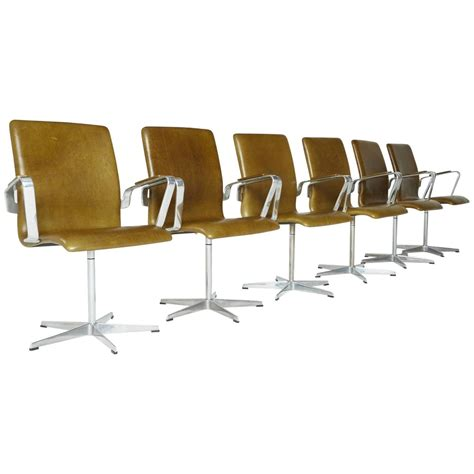 sale leather oxford chairs by arne jacobsen for fritz