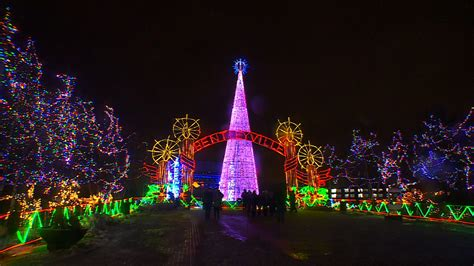 wcco viewers choice for best holiday lights show in