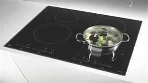 Plaque Gaz Et Induction : plaque de cuisson vitroceramique plaque de cuisson vitroc ~ Dailycaller-alerts.com Idées de Décoration