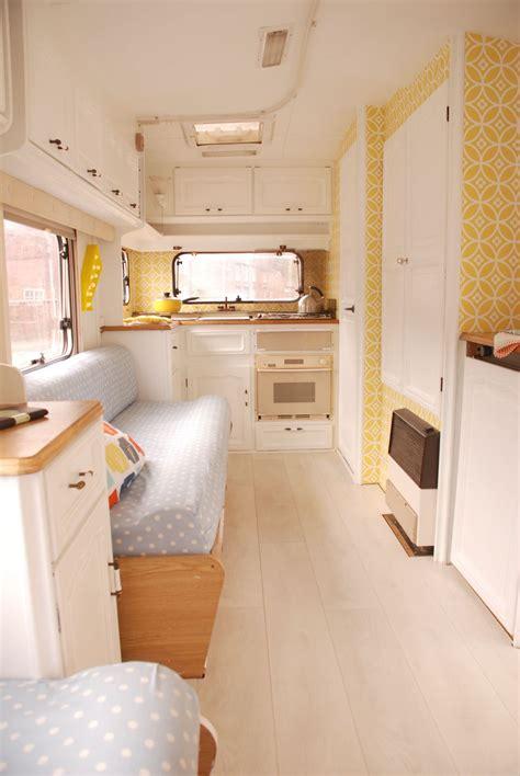 Wohnwagen Innenausstattung by Caravan Makeover Take One Touring Caravan