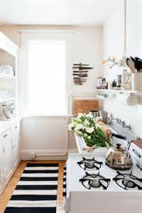 31 stylish and functional narrow kitchen design ideas digsdigs
