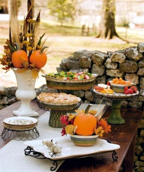 Table Decorating Ideas Candles Apples Autumn Indoor Outdoor Atmosphere 650x325 by 30 Ideas For Autumn Table Decoration With Pumpkins For