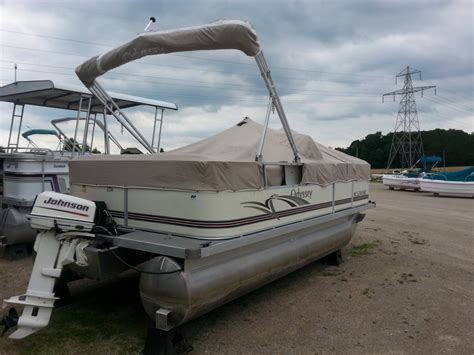 Used Boats In Ontario by Used Pontoon Boats Ontario Ocp Boats Pre Owned Pontoon