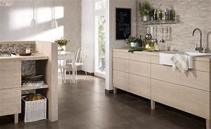 Fliesen Küche Boden : fliesen inspiration f r die k che von fliesen kemmler ~ Markanthonyermac.com Haus und Dekorationen