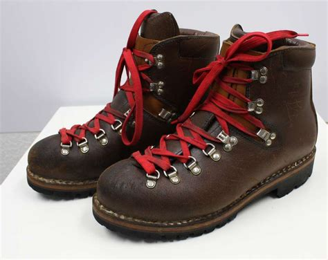 Vtg Raichle Swiss Hiking Climbing Mountaineering Boots 10