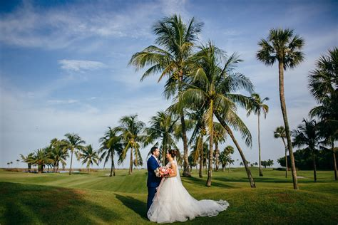 Tropical Tampa Bride and Groom on Golf Course at Boca