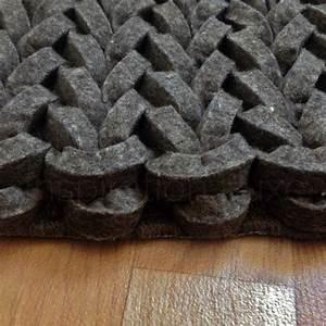 tapis design tresse uni taupe en laine par ligne pure With tapis laine design