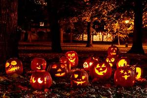 Halloween In Amerika : the 7 best places to be on halloween travel us news ~ Frokenaadalensverden.com Haus und Dekorationen