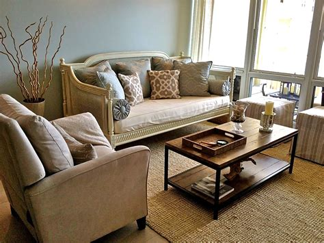 Decorating Your First House On A Budget
