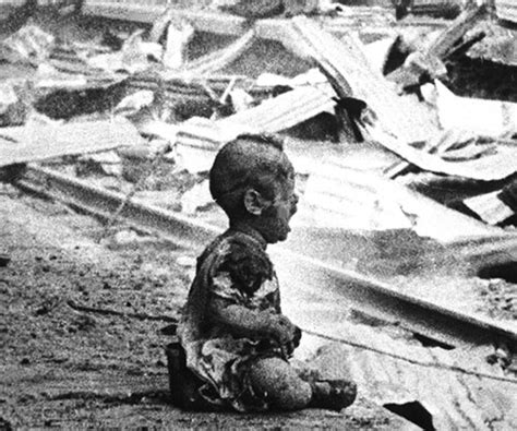 Bloody Saturday - a crying Chinese baby amid the bombed ...