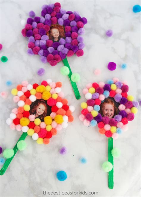 pom pom flower craft   ideas  kids