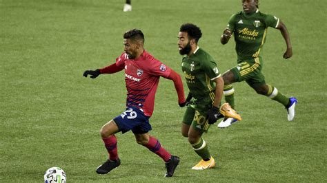 MLS playoffs: FC Dallas advances on penalties vs. Portland ...
