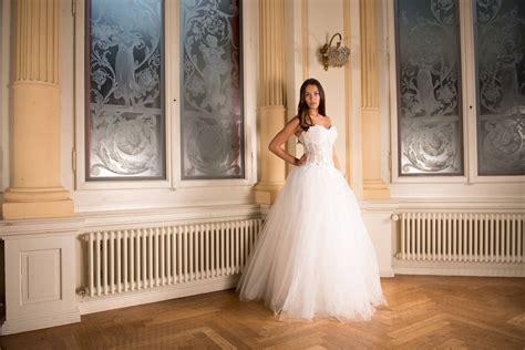 Wedding Dresses For Women :  Bride, Marriage, Wedding Dress