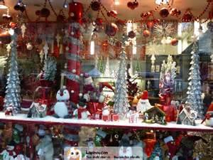 decoration de magasin pour noel decoration noel magasin metro ciabiz
