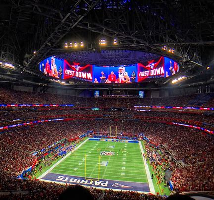 super bowl  smashes wi fi record   tb  traffic
