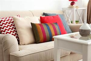 3, Tips, On, Decorative, Pillows, That, Match, Your, Couch, Perfectly