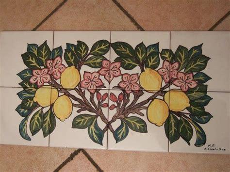 piastrelle dipinte a mano pannello piastrelle dipinte a mano stile deco limoni