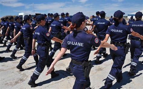 bureau des douanes la rochelle défilé du 14 juillet les douaniers de la rochelle aux
